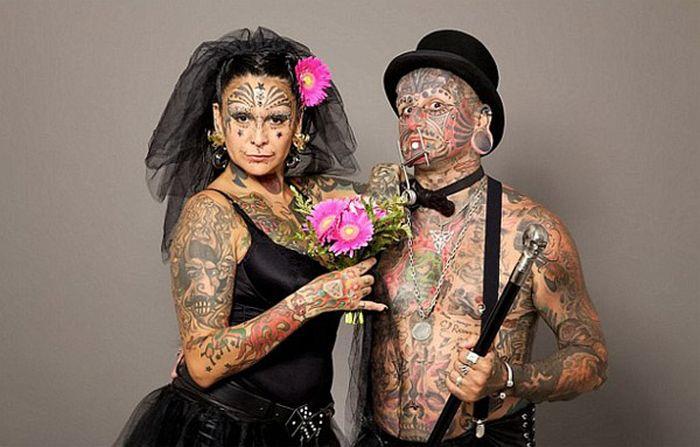 Самые татуированные люди поженились :)
