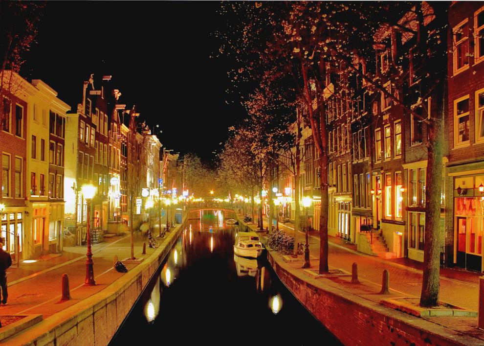 Ночной Амстердам фотографа из Нидерландов.